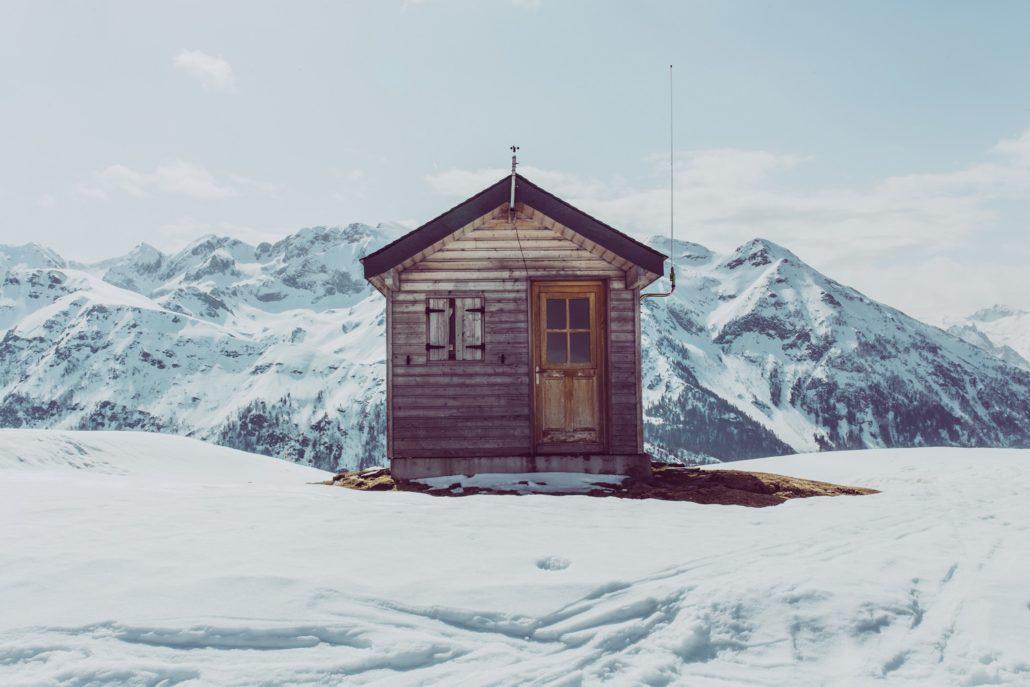 house-snowy-mountain
